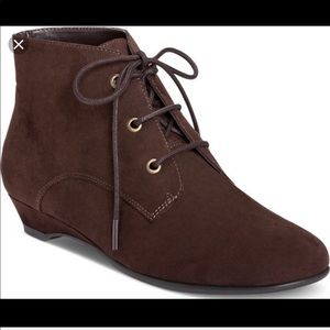 Aerosoles Brown Lace Up Ankle Leather Booties